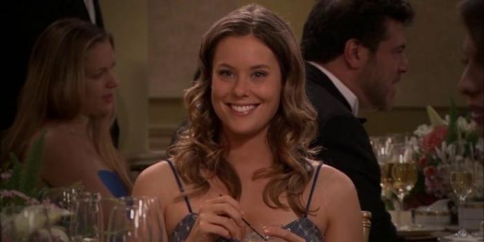 Victoria in season 1 of How I Met Your Mother