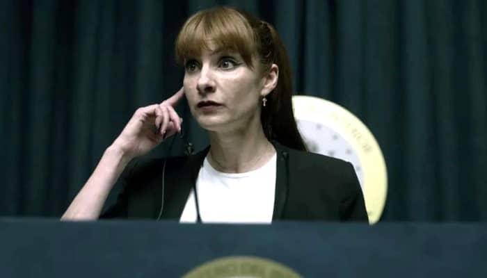 Alicia in the final season of La Casa de Papel