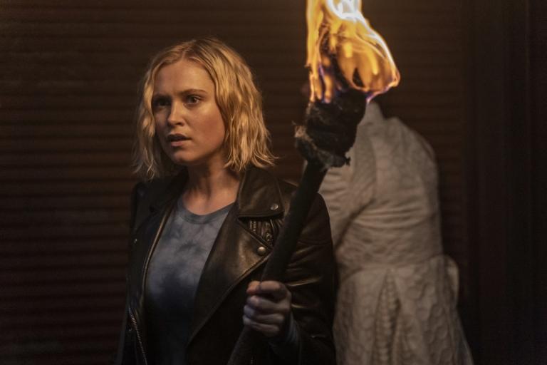 The photos of episode 13 of The 100 season 7