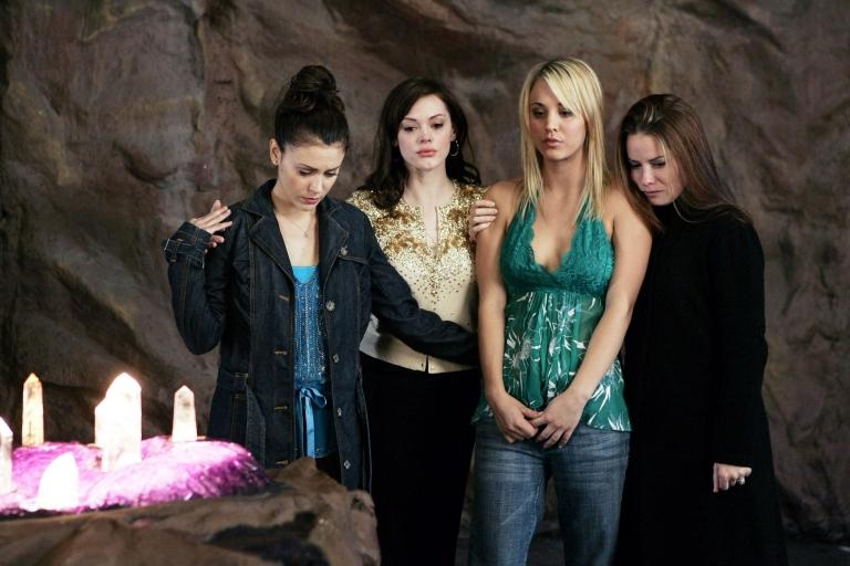 Alyssa Milano, Rose McGowan, Kaley Cuoco and Holly Marie Combs in Charmed