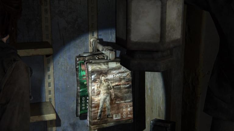 A costume in the colors of Uncharted 2
